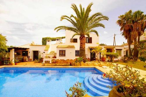 Villas to rent in Javea