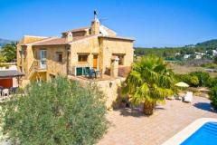 6 Bedroom Villas in Javea